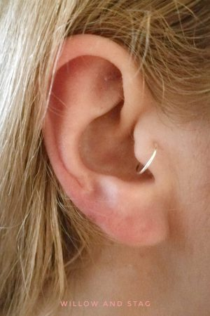 Tragus Hoop Earring (single)